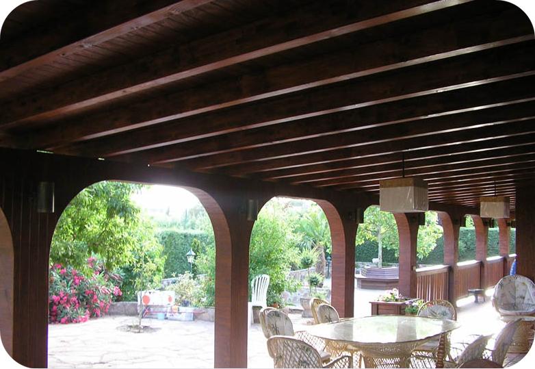 Lofts madrid dise o de exteriores dise o y - Porches de madera cerrados ...